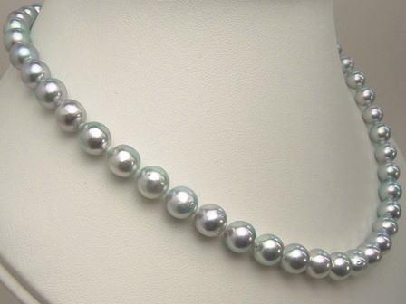 真珠ネックレスの選び方【※最新ながもち活用術】